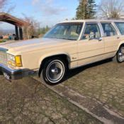 ford crown victoria country squire woody  passenger