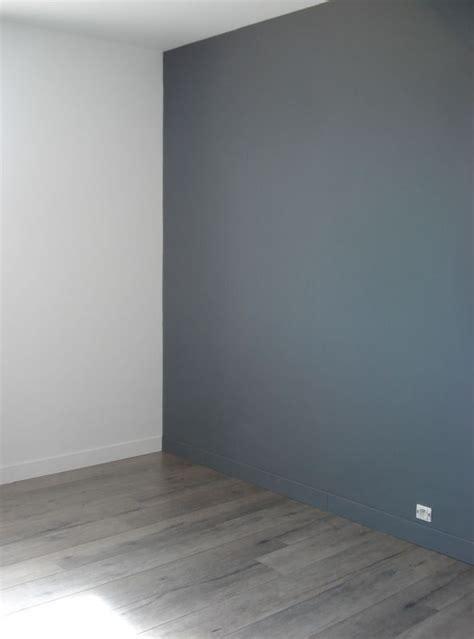 peindre une chambre emejing peinture chambre gris et blanc photos lalawgroup