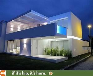 Modern, Beach, House, In, Peru, With, Overhang, Pool, Casa, Playa, Blanca