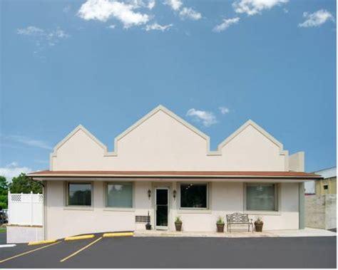 Econo Lodge Bellefonte | Bellefonte Pennsylvania PA
