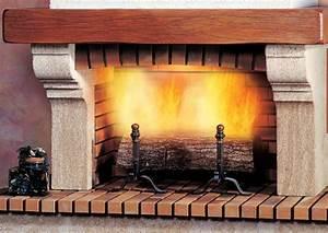 Cheminée En Brique : cheminee en brique a foyer ouvert ~ Farleysfitness.com Idées de Décoration