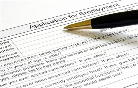 11 Ways To Stand Out In A Job Application