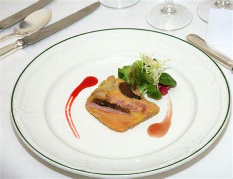 comment cuisiner le foie de lotte comment decorer assiette foie gras