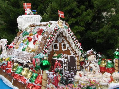 gingerbread house  copenhagen bakery  won