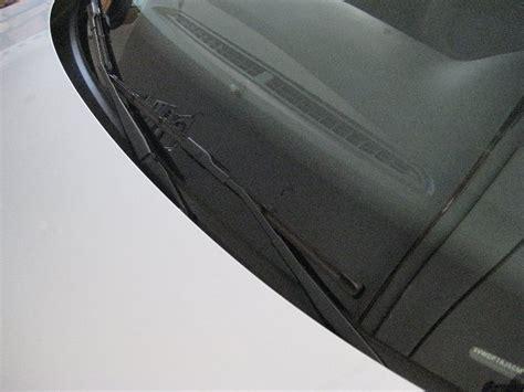 Vw-jetta-windshield-wiper-blades-replacement-guide-001