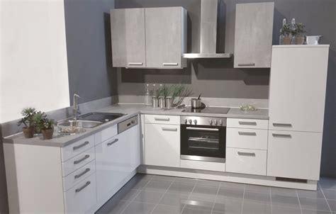 Einbauküche, Küche, Komplett-küche, Küchenzeile, Küchenblock, Winkelküche, Küchenschränke