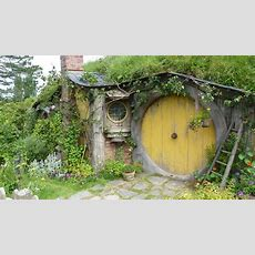 How To Build A Hobbit House Building Process And House