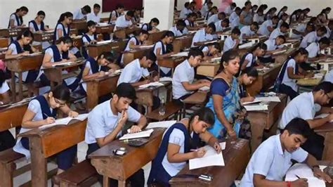 Earlier the cbse board exam date 2021 class 12 was announced along with the release of the 12th cbse board exam date sheet 2021. CBSE Class 12 Board Exam 2021 cancellation: Education Minister likely to take decision, check ...