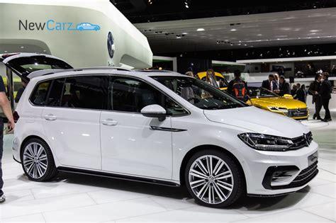 Volkswagen Touran Neuvorstellung Newcarz