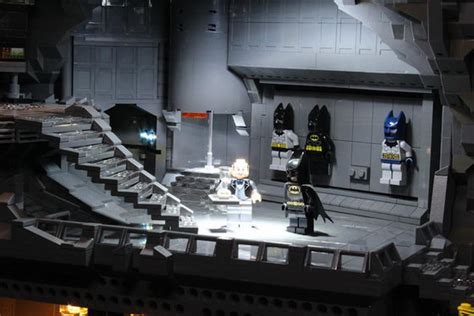 lego batcave batmans headquarter build