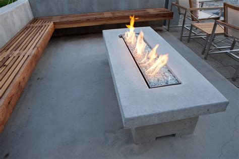 cantilever bench seating and table modern patio
