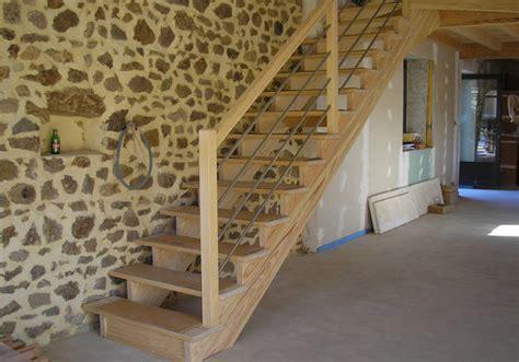 Installer Une Courante Dans Un Escalier by Installer Un Escalier Droit D 233 Coration