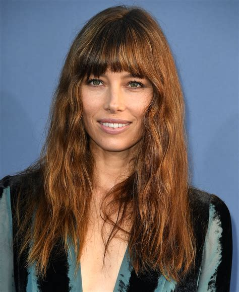 Hairstyles For With Fringe by Best Fringe Hairstyles For 2017 How To Pull A Fringe
