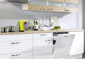 Küchenzeilen Mit E Geräten : k chenzeilen k chenbl cke k chen mit e ger ten ~ Bigdaddyawards.com Haus und Dekorationen
