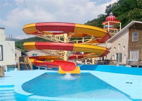 Big Spiral Fiberglass Water Slides Open Flume Water Slide