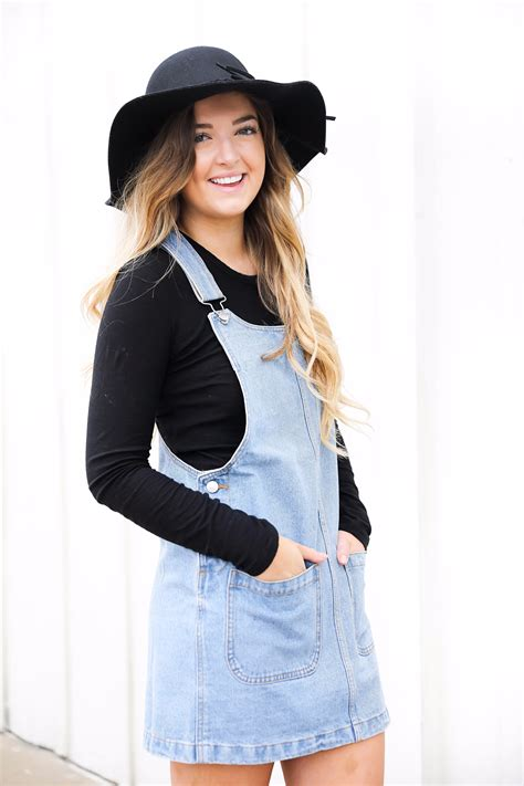 Am I trendy yet?! Styling an Overall Dress | OOTD | Daily ...