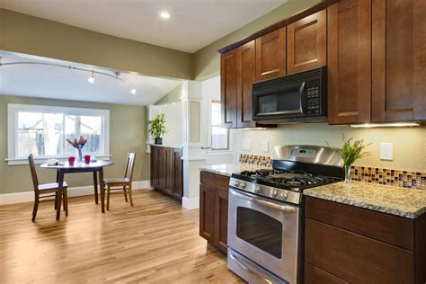 house remodeling tradeoffs for remodeling vs moving to a metairie new home
