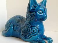 At www.ivoryandart.com you can find a variety of antique netsuke for sale as well as antique ivory netsuke, guaranteed for their authenticity. 340 Cat statues, Figurines, and netsuke ideas | cat statue ...