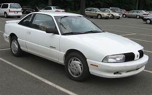 1997 Oldsmobile Achieva - Information And Photos
