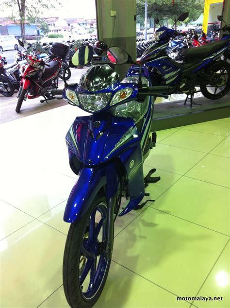 y125zr gp edition biru 9 motomalaya
