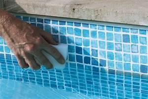 nettoyage de la piscine idees piscine With comment nettoyer le fond de la piscine