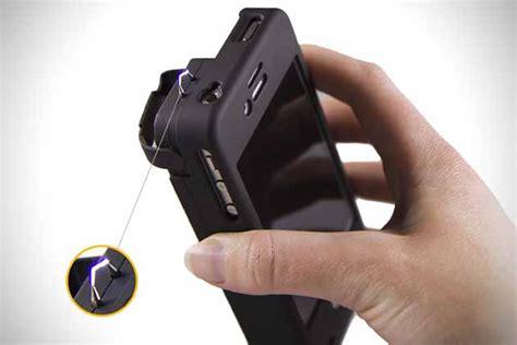 iphone stun gun yellow jacket iphone 5 stun gun hiconsumption