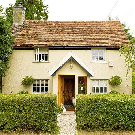Country Cottage by Cottage Of The Week Country Cottage Home Bunch