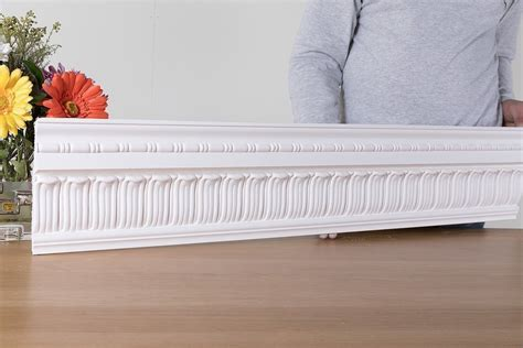 cornices centre pc 666 leaf and reel cornices centre 174