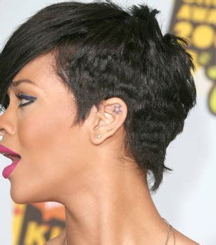 Photo  Tatouage étoile De Rihanna