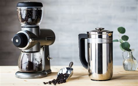 These burrs are one of the key. 5 Best Coffee Grinders in 2020 - Top Rated Automatic and Manual Burr Coffee Grinders Reviewed ...