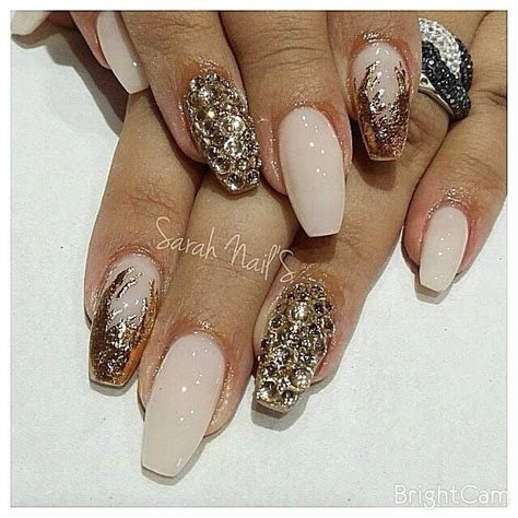 nail fashion addict by helene