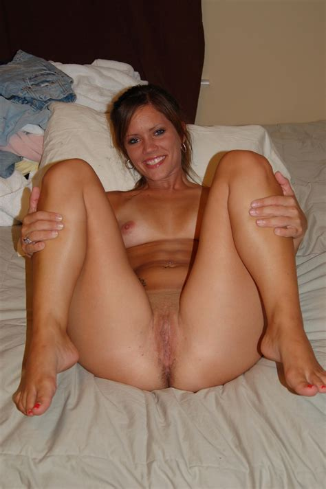 73.jpg in gallery 130617 - Cougars and MILFs (Picture 9 ...