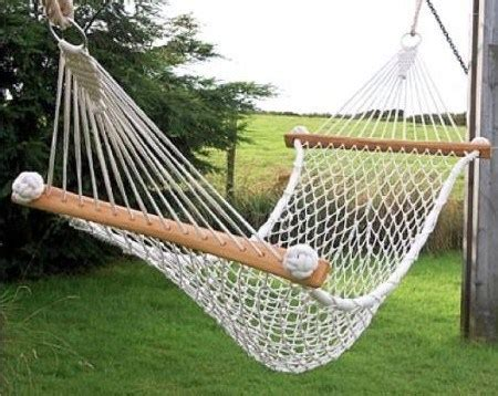 How To Make Hammocks by How To Make A Hammock The Handy Mano