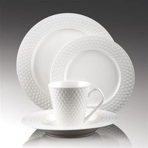 16 Piece Set Porcelain Dinnerware   Chailles Collection
