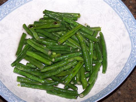cook green beans braised long beans or green beans tangstein s blog