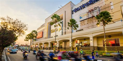 hotel dekat ambarrukmo plaza penginapan murah homestay