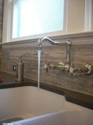 wall mount traditional style faucet  great