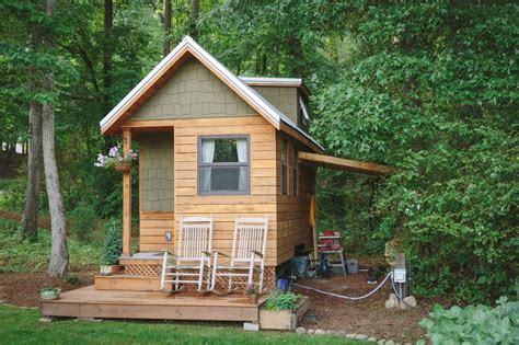 Married Couple's Wind River Bungalow Tiny Home