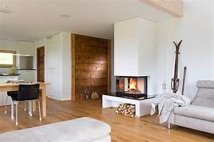 Kamin Im Wohnzimmer : offener kamin im rustikalen wohnzimmer ~ Michelbontemps.com Haus und Dekorationen