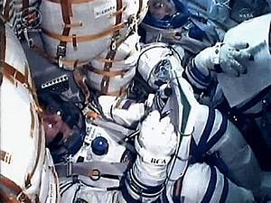 Soyuz TMA-02M blasts off from the Baikonur Cosmodrome ...