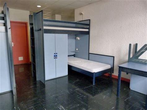 chambre internat décoration chambre internat exemples d 39 aménagements