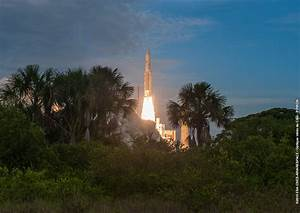 Citing SpaceX delays, Inmarsat moves satellite launch from ...