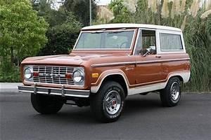 1977 Ford Bronco 302 V8
