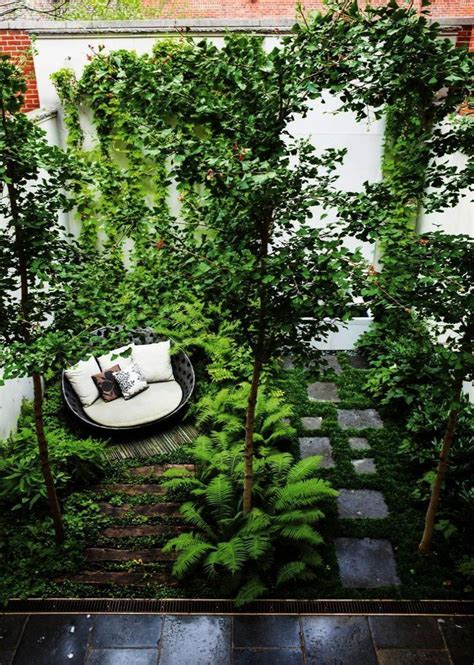 If you need privacy in your garden, the 26 diy garden privacy ideas here are worth looking at! #Design #garden #Gardening #ideas #Philippines #Rooftop # ...