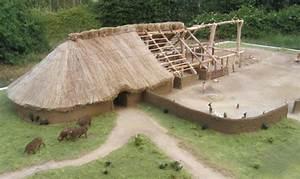 Toit En Paille : forums lr presse voir le sujet toit en chaume ~ Premium-room.com Idées de Décoration