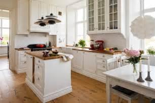 küche landhausstil weiß einbauküche weiss landhausstil rheumri
