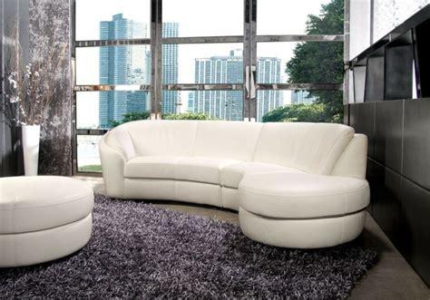 canapé arrondi cuir le canapé design italien en 80 photos pour relooker le salon