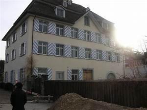 Haus Mit Fensterläden : haus mit speziell angestrichenen fensterl den in uttwil picture of uttwil canton of thurgau ~ Eleganceandgraceweddings.com Haus und Dekorationen