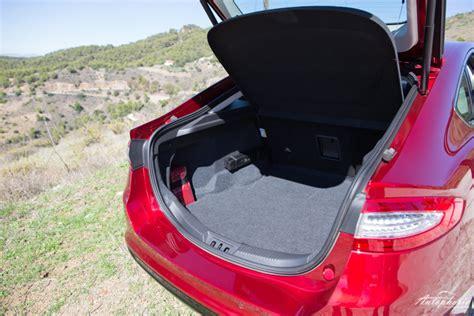 neuer ford mondeo ruby rot titanium testfahrt