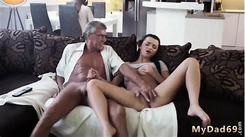 What Would You Choose Computer Or Your Model #Old #Woman #Big #Tits #What #Would #You #Choose